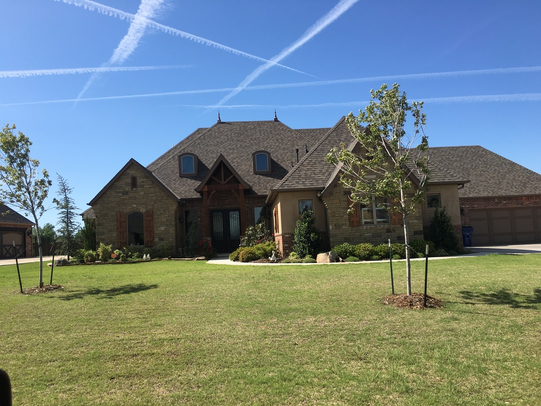 Custom home builders oklahoma city area amantha home review for Building a house in oklahoma